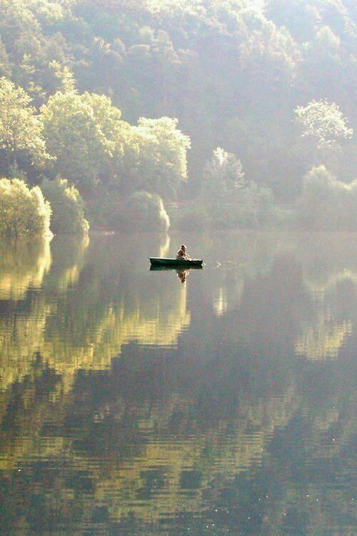 ImAGE canot sur le Lac