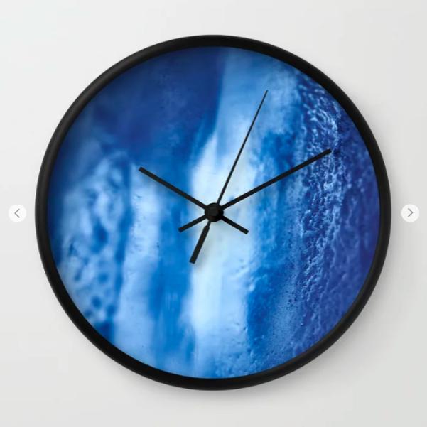 Horloge jute à temps